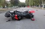 Под Марьиной Горкой мотоциклистка врезалась в ограждение: погиб её сын-подросток
