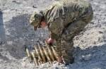 Сапер погиб при разминировании боеприпасов в Донецкой области