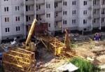 Стрела башенного крана рухнула на стройке в Кирове, СК проводит проверку